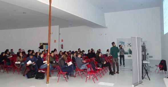 """Ponencia """"COMPUTER SCIENCE la importancia de un curriculum vertical desde Infantil hasta Bachillerato"""", por Cristian Ruiz y Manuel Zaragoza"""