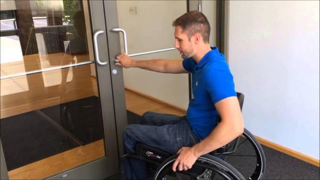 Discapacidad motora - Puerta automática - LDR + Leds + Servomotor 180º